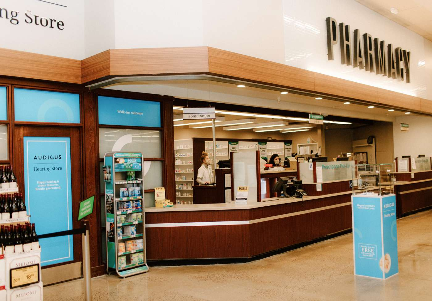 Come visit us in Safeway! Our clinic is right by the pharmacy